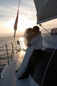 Aolani Wedding kiss